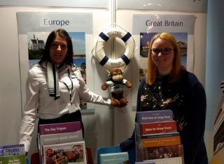 Dawn and Louise on the stand at Go Travel Show (MSR_NCN)