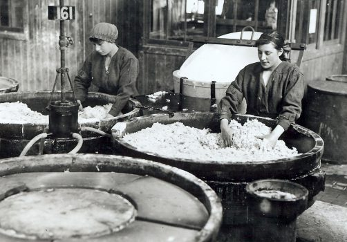 Devil's Porridge Musuem, Dumfries and Galloway, Scotland - Discover the difficult and dangerous job of mixing the Devil's Porridge