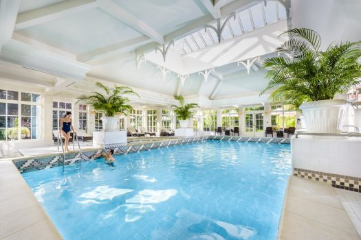 Celebrate - swimming pool at Disneyland® Hotel