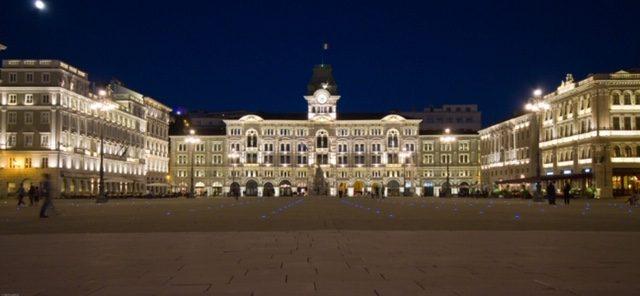 Trieste-Friuli-Venezia-Giulia-Italy-Piazza-Unità-©-ArchivioTurismoFVG