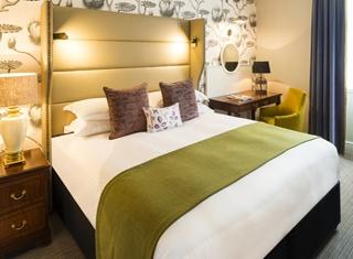 he-Baileys-Hotel-London-Millennium-Group-Classic-Double-King