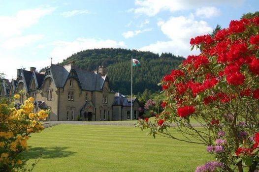 central Wales tour wales tour Abbey-Cwm-Hir, Wales ©abbeycwmhir.com