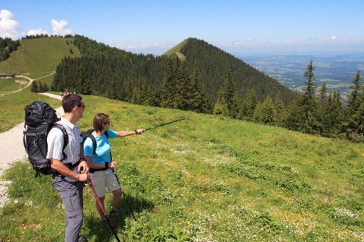 Germany, Bavaria, Ammergau Alps, Walking, Hiking, Rambling, Group Travel, hoernle © Ammergauer Alpen GmbH, Oberammergau Tourismus. Photo Peter Hutzler