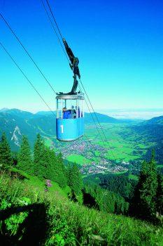 Germany, Bavaria, Ammergau Alps, Walking, Hiking, Rambling, Group Travel, oberammergau, laber cable car, © Ammergauer Alpen GmbH, Oberammergau Tourismus