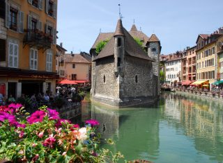 Annecy, France - Town and river_1 © C. MaxOT Lac D'Annecy