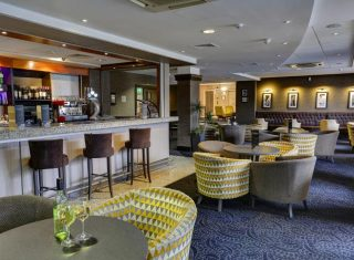 Best Western Cresta Court Hotel - Lounge Bar & Reception