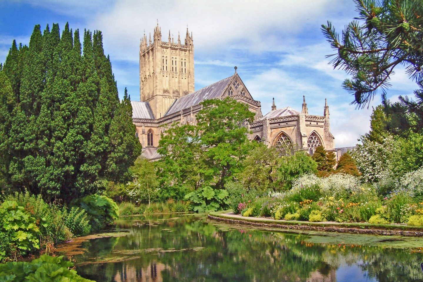 Bishop's Palace, Wells, Somerset - Great Cathedral Reflection (NCN)