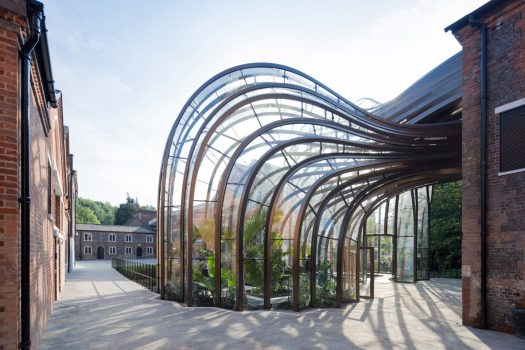 Bombay Sapphire Gin Distillery, Whitchurch, Hampshire - View of the tropical glasshouse to the courtyard (NCN)
