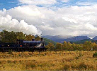 Cairngorms National Park CR No-828 approaches Kinchurdy Bridge ©Strathspey railway