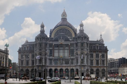 Belgium, Antwerp Central Station, Group Travel ©