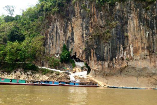 Pak Ou Cave, Laos © Hoi An Express