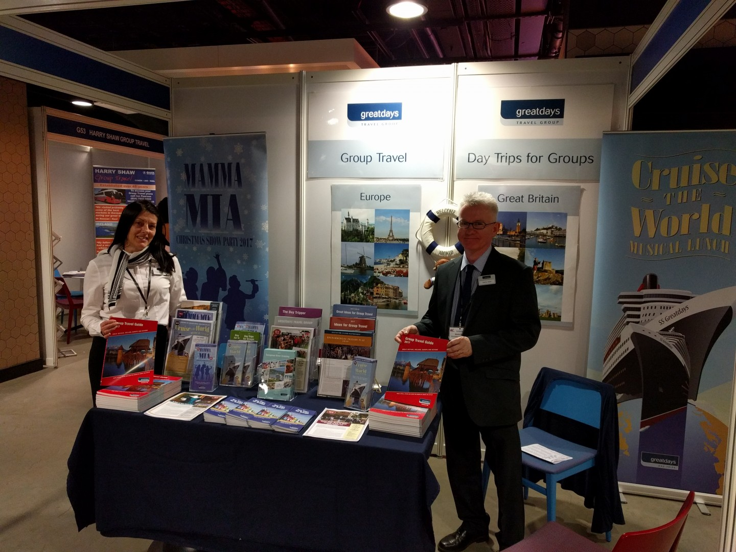 Dawn and Martin on the stand at Go Travel Show (LAY_NCN)