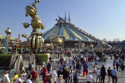 Discoveryland® © Disney