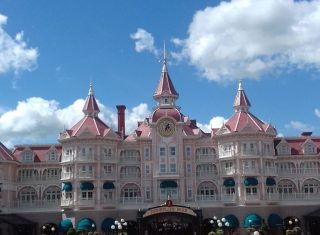 Mega Fam Trip Disneyland Hotel