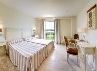 Gran Hotel Suances standard room