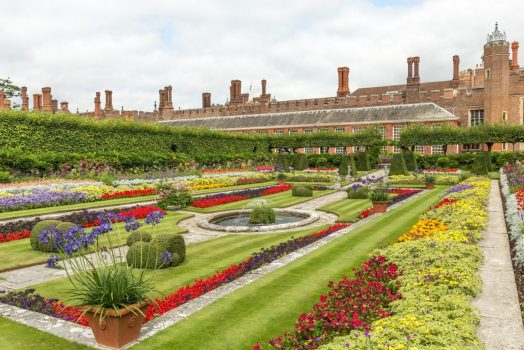 Gardens at Hampton Court Palace (NCN)