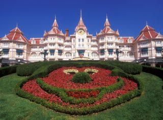 Disneyland® Hotel © Disney