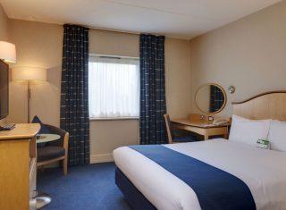 Double Room © Holiday Inn London Shepperton