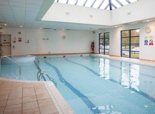Swimming Pool © Holiday Inn London Shepperton