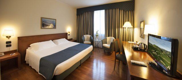 Hotel Cavalieri Bra, Piedmont, Italy - Classic Bedroom