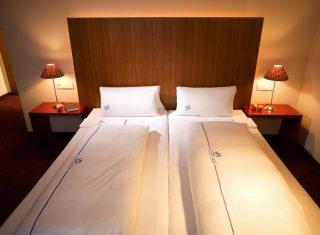 Hotel-City-Krone-Friedrichshafen-bedroom