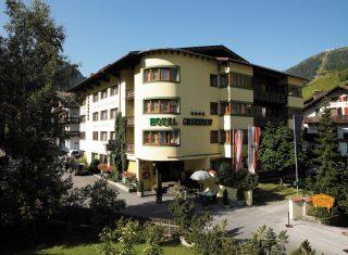 Hotel Grießhof in St Anton - main entrance