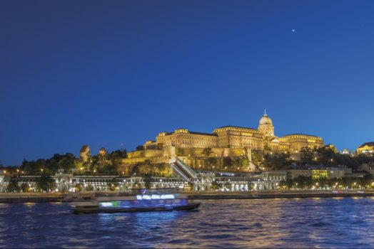 Hungary, Budapest, Buda Castle, Group travel, castle at night © budapestinfo.hu