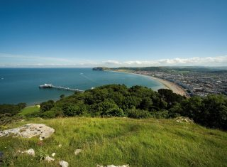 North Wales tour Wales Llandudno ©Crown/Conwy County Borough Council