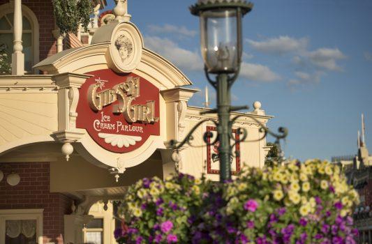 The Gibson Girl Ice Cream Parlour Main Street USA® ©Disney