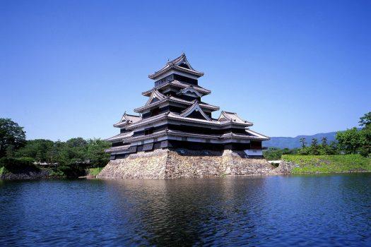 Matsumoto city temple ©Matsumoto city, JNTO