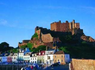 Mont Orgueil Castle, Jersey © Gareth Sambridge