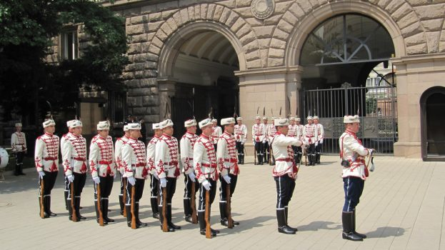 Official change of the guard in front of the presidency