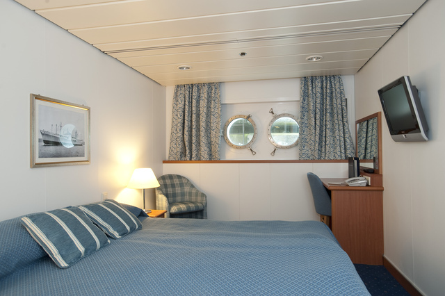 Cabins balmoral greatdays group travel for Which cruise line has single cabins