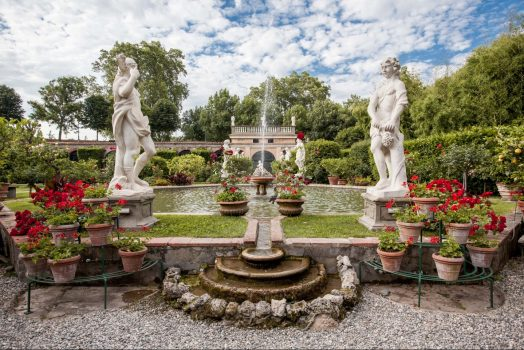 Italy, Tuscany, Lucca, Palazzo Pfanner, Gardens and Flowers NCN