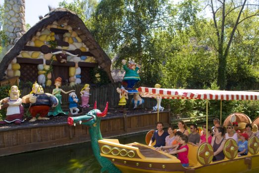 Parc Asterix, France - Theme Park - Epidemais Cruise © Asterix® - Obelix® - © 2017 Les Éditions Albert René-Goscinny-Uderzo