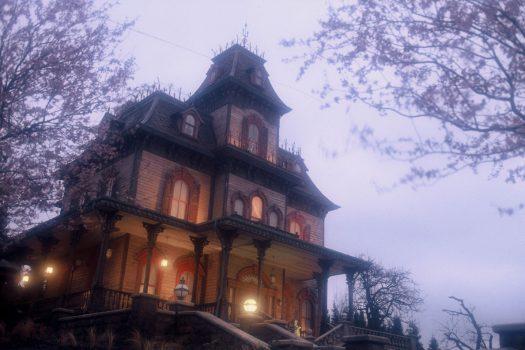 Disneys Halloween Festival - Phantom Manor