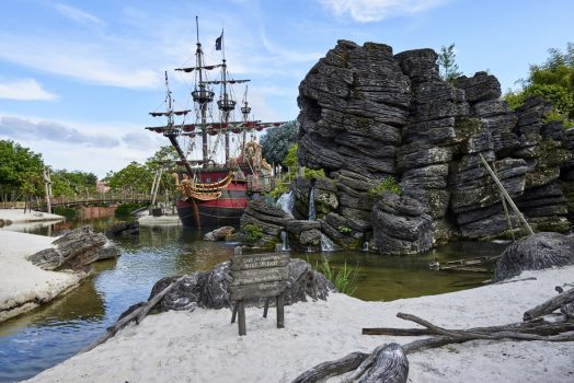 Pirate's Beach in Adventureland ©Disney
