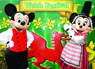 Minnie and Mickey in their Welsh finery ©Disney