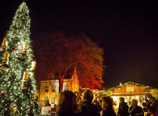 Three countries christmas markets Santas Village tree Valkenburg-ncn