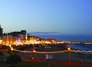 Seafront Evening ©Visit Eastbourne