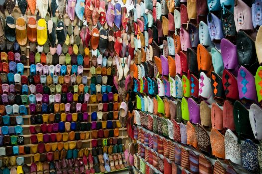 Souk shopping, Marrakech www-visitmorocco-com-moroccan-national-tourist-office
