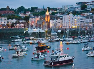 Guernsey highlights St Peter Port Seafront © Image Courtesy of VisitGuernsey