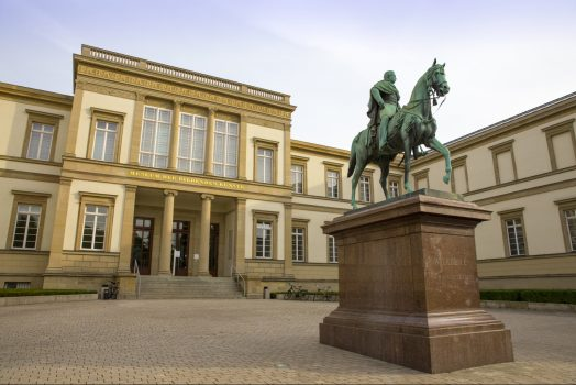 Stuttgart, Southwest Germany - Statue, South West Germany for groups © TMBW Mende