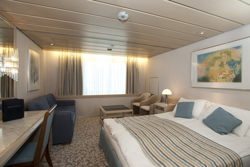 Superior Outside Cabin, Balmoral ©Fred.Olsen Cruise Lines