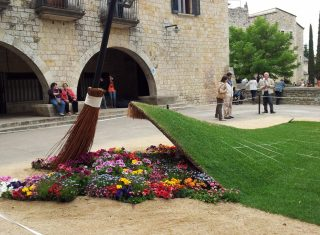 Spain, Cantabria, Girona, Temps de Flors, flowers, group tour, group travel © Girona City Council - AJ
