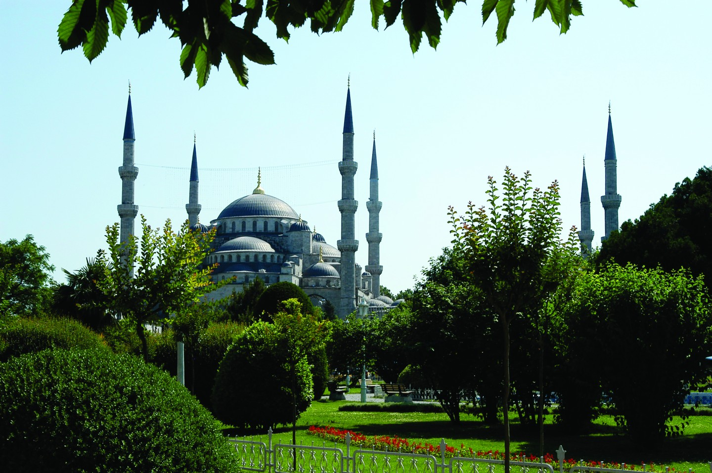 Istanbul the city where two continents meet - Turkish culture and tourism office ...