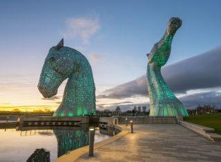 The Kelpies, Helix Park, Scotland - Lit up green © VisitScotland, Kenny Lam EXPIRES 30.1.2022