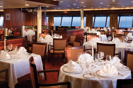 The Restaurant Silver Explorer © Photo courtesy of Silversea Cruises