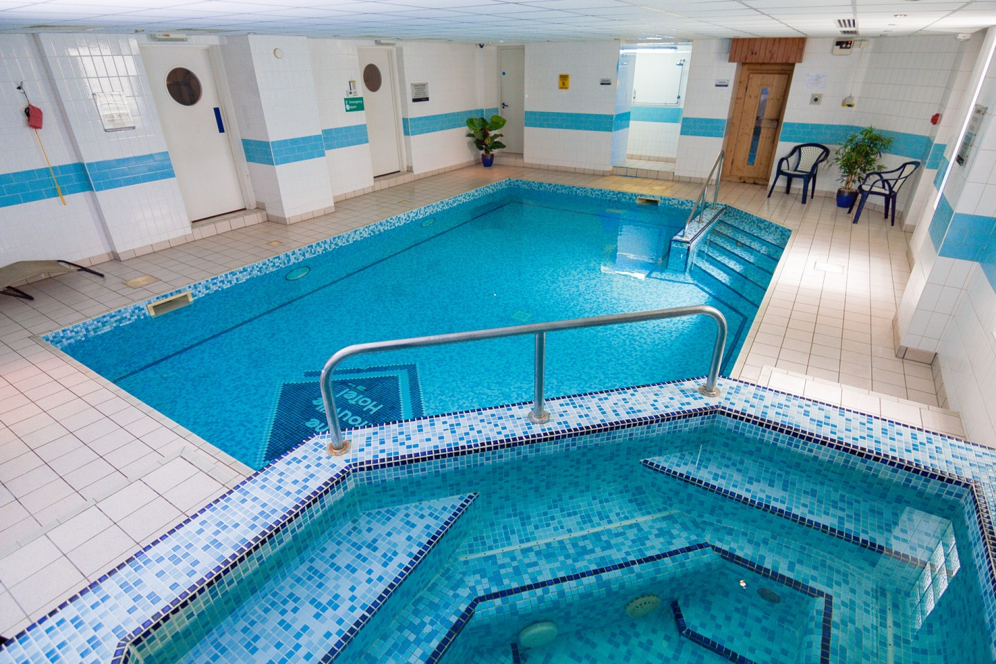 The trouville hotel pool ncn greatdays group travel - Hotels in bournemouth with swimming pool ...