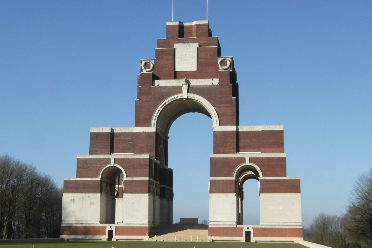 Thiepval and Visitor Centre battlefields (Picardy) NCN)
